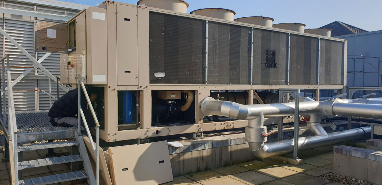 Bonuseventus-We-are-replacing-some-compulsory-safety-valves-in-this-tiny-chiller-unit