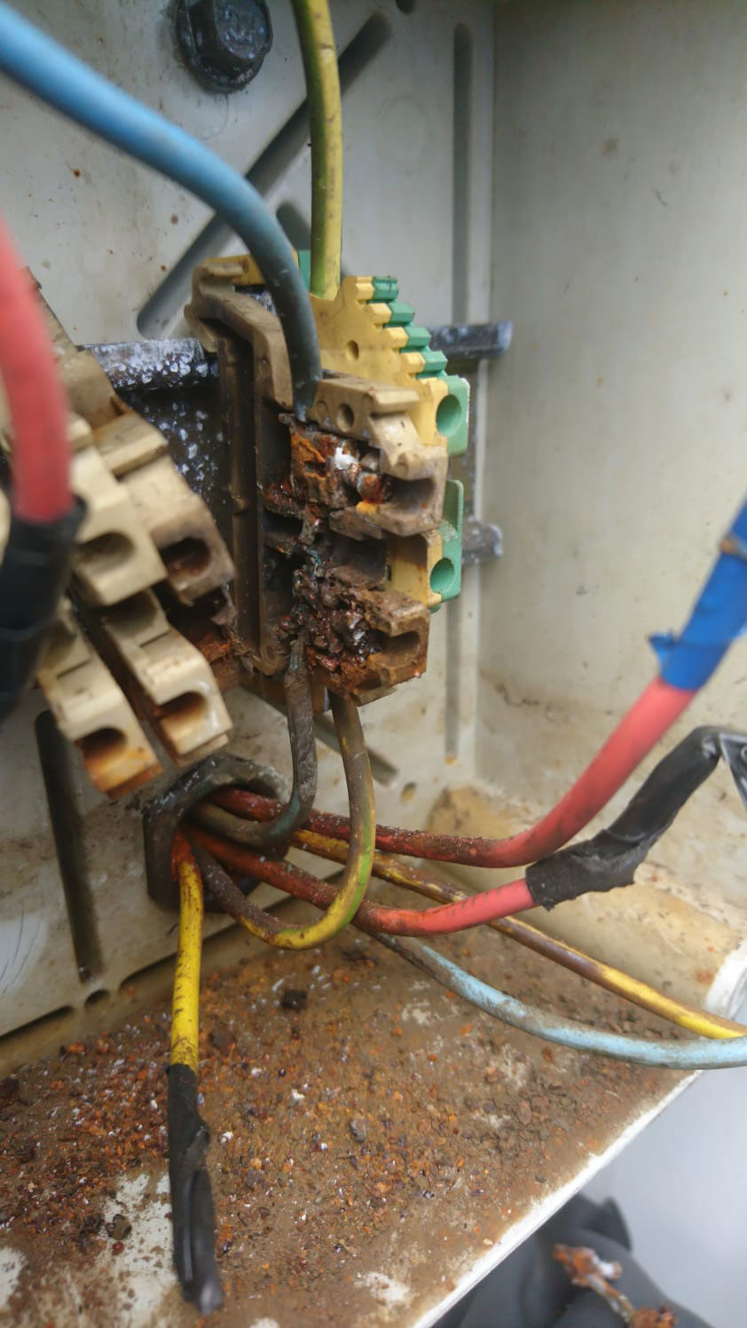 No-doubts-fire-risk-in-place-Any-bad-smell-can-mean-a-fire-starting-in-the-electric-box