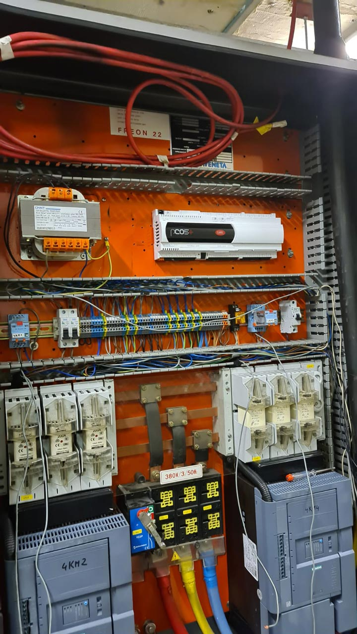 New-chiller-controller-installation-after-the-old-was-discontinued