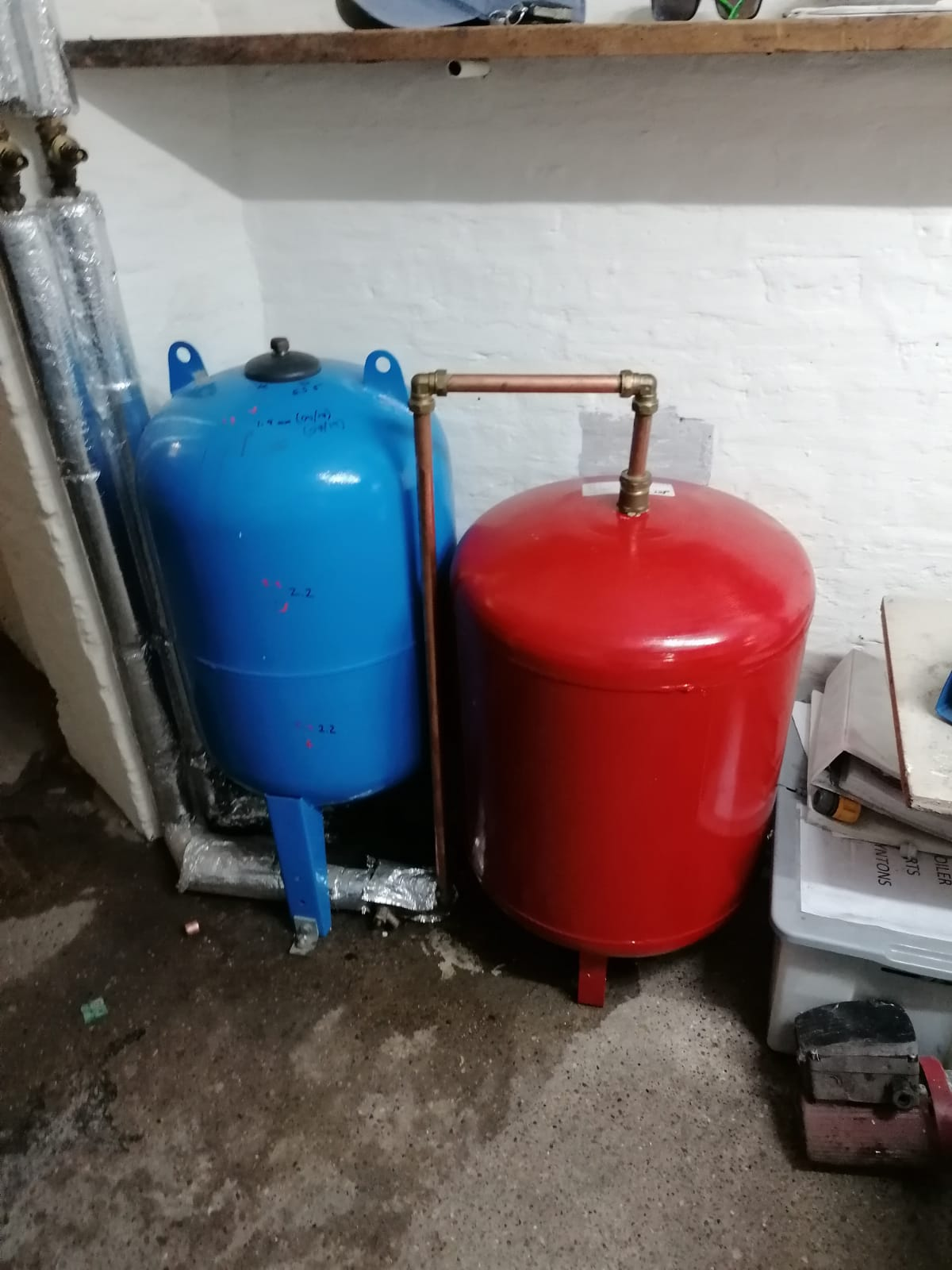 the red expansion vessel is suitable for heating systems, at this site it was connected to potable water which is against the regulations